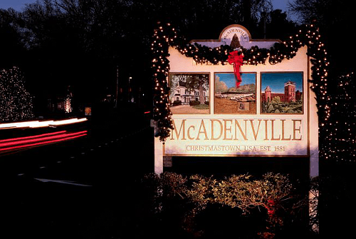mcadenville_christmastownusas
